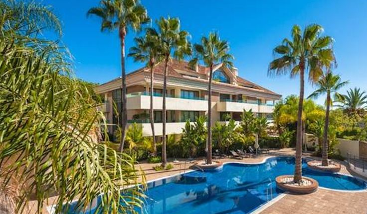 apartment los monteros